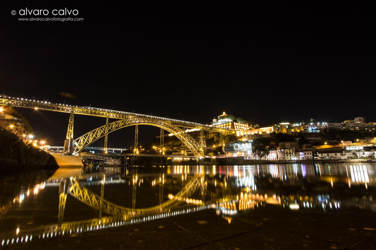 Puente de Don Luis I de noche (Porto)