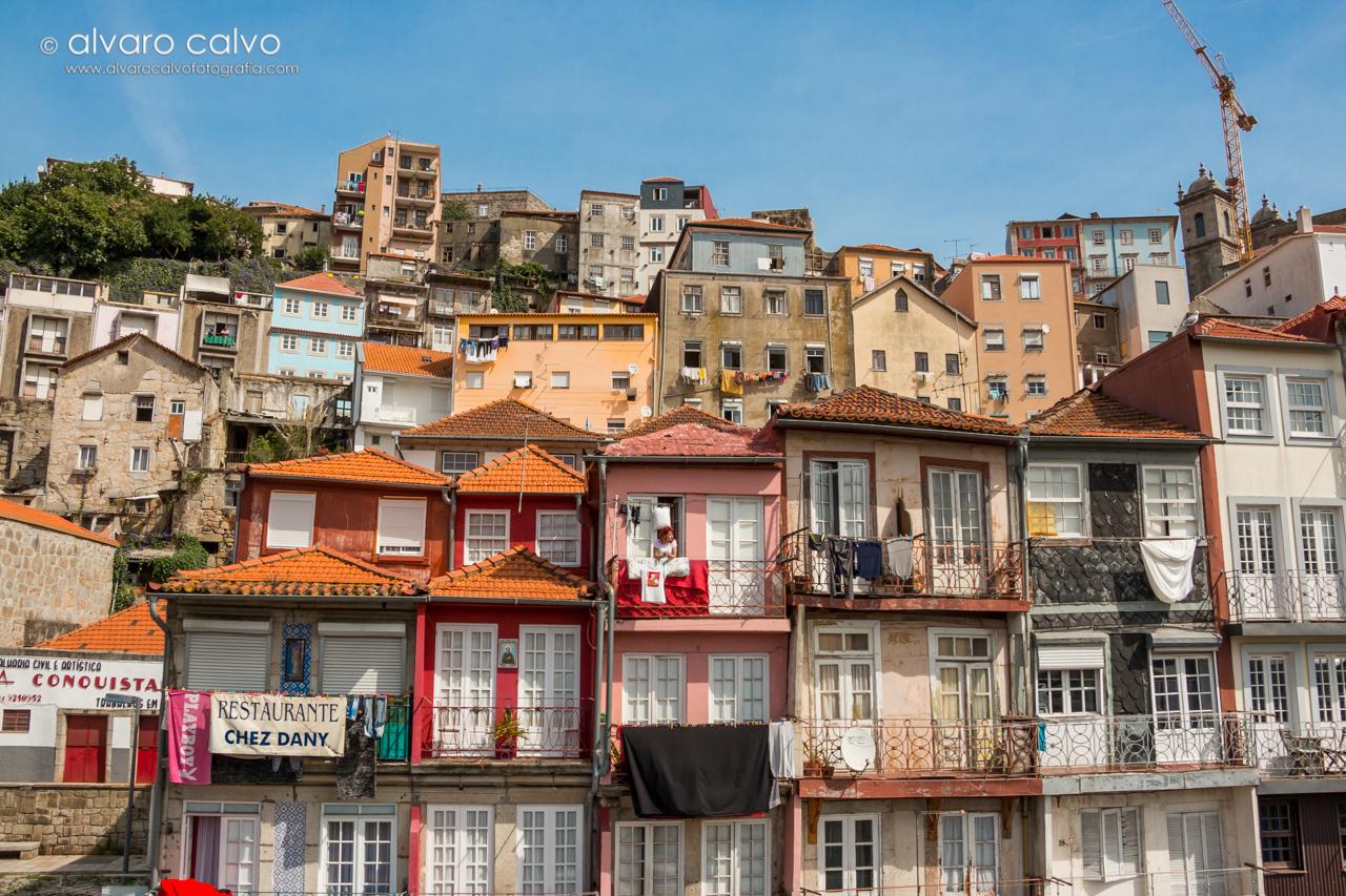 Casas de Oporto con un ambiente cultural distinto y colorido
