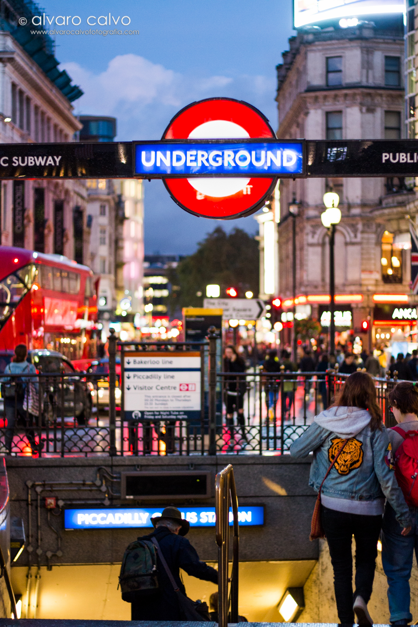 London Underground en Picadilly Circus - London