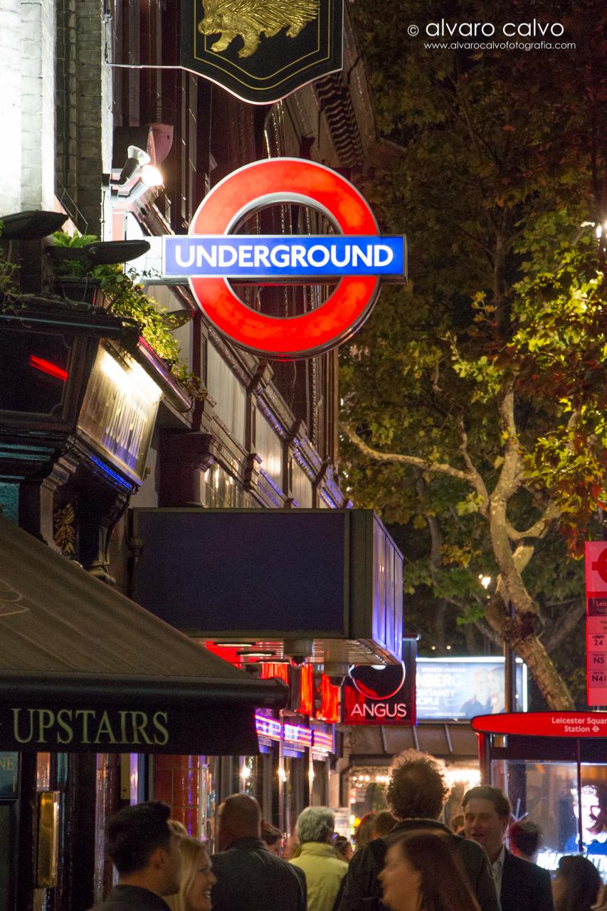 London Underground - Leicester Square - Londres / London